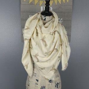 NWT Hummingbird blanket scarf